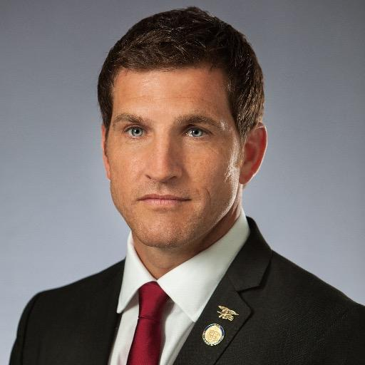 Scott taylor portrait