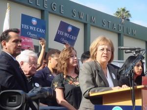 Maria Elena Durazo campaigning for Obama, 2008
